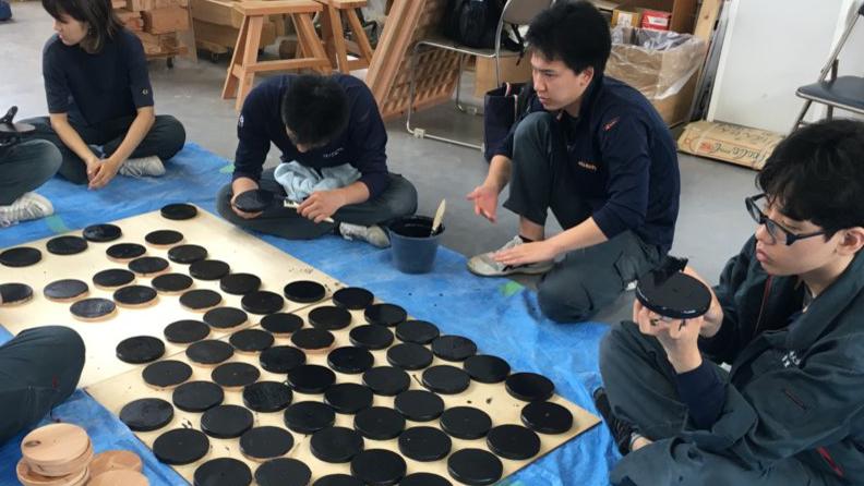 読売新聞・神戸新聞「浜風の家、木材をおもちゃへ」について掲載
